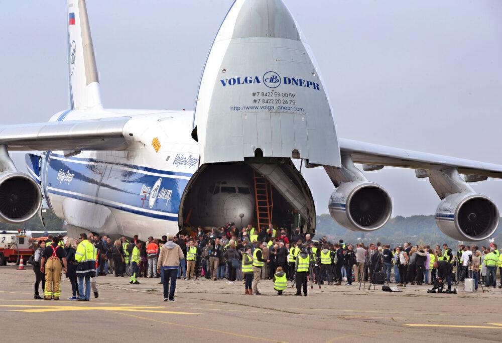 An-124 Volga-Dnepr