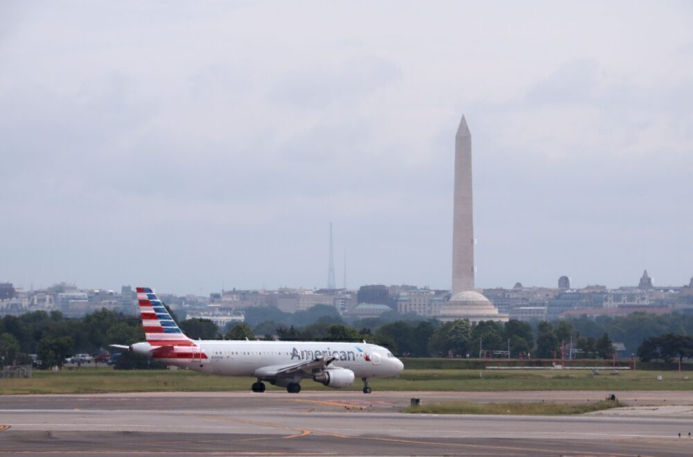 Ronald Reagan Washington National Airport American Airlines A320