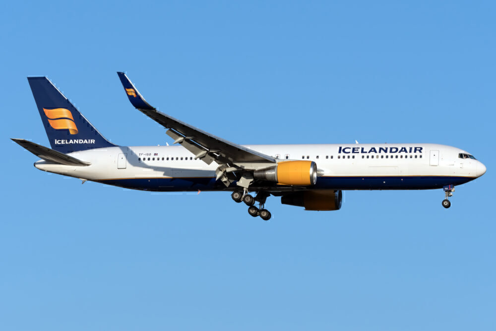 Icelandair Boeing 767 JFK