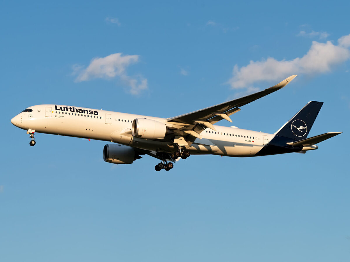 Lufthansa, Falkland Islands, Airbus A350