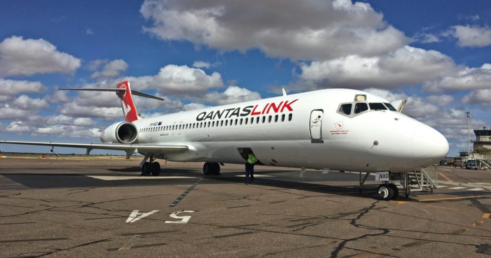 Qantas-Fokker-Loose-Insulation-Blanket