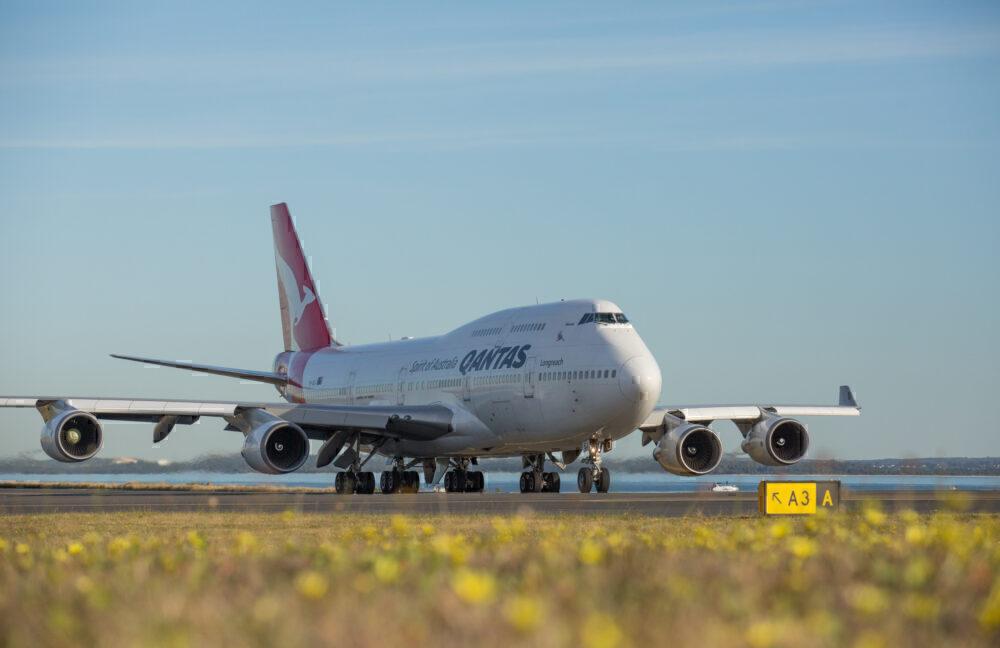 Qantas-Boeing-747-400ER