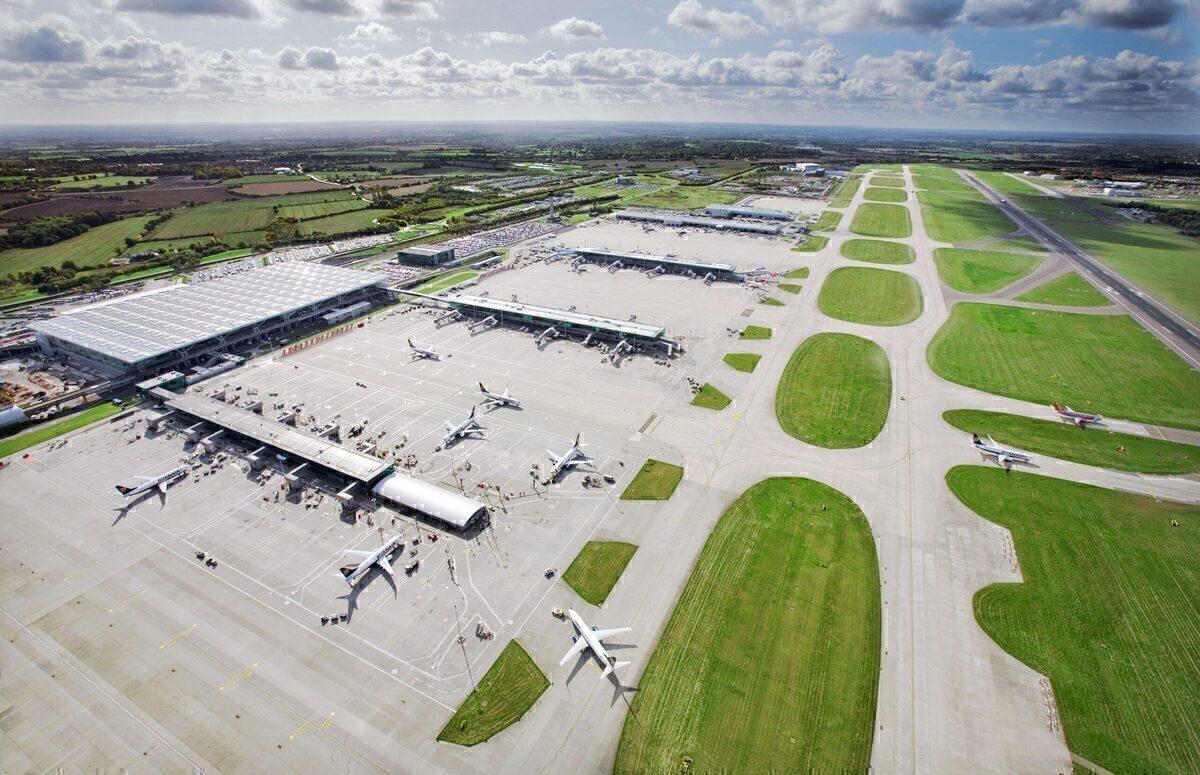 London Airports, Covid-19, Passenger Drop