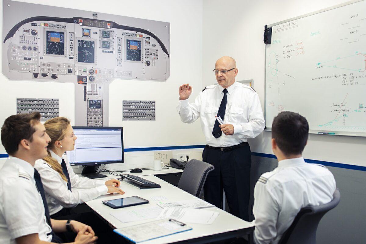 Lufthansa, Pilot Training, Reorganized