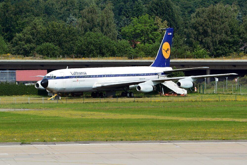 D-ABOD Lufthansa 707 at Hamburg Airport