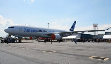 1280px-New_A330-200F_Freighter_on_static_display