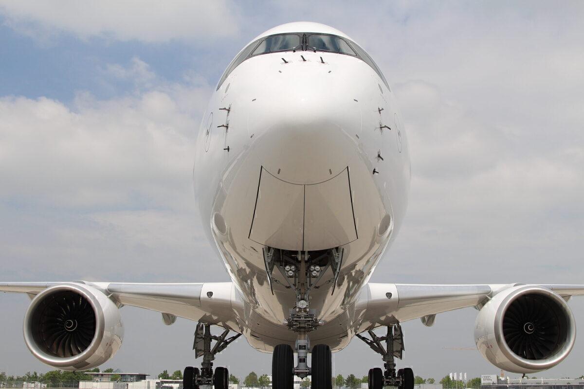 Lufthansa, Airbus A350, Boeing 777X