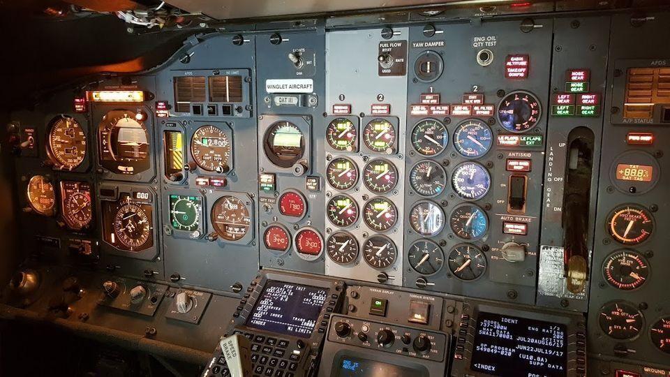 Southwest 737-300 for sale