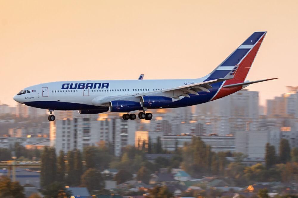 Cubana Ilyushin Il-96