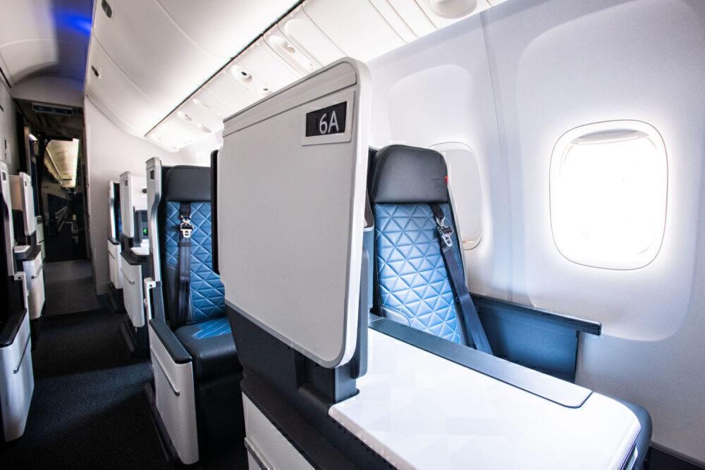 Delta 767-400 Cabin