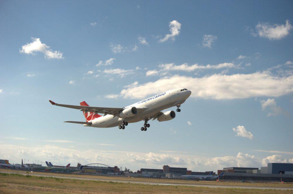 A330-200F-THY