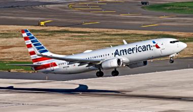 American-Airlines-737-Supected-Fuel-Leak