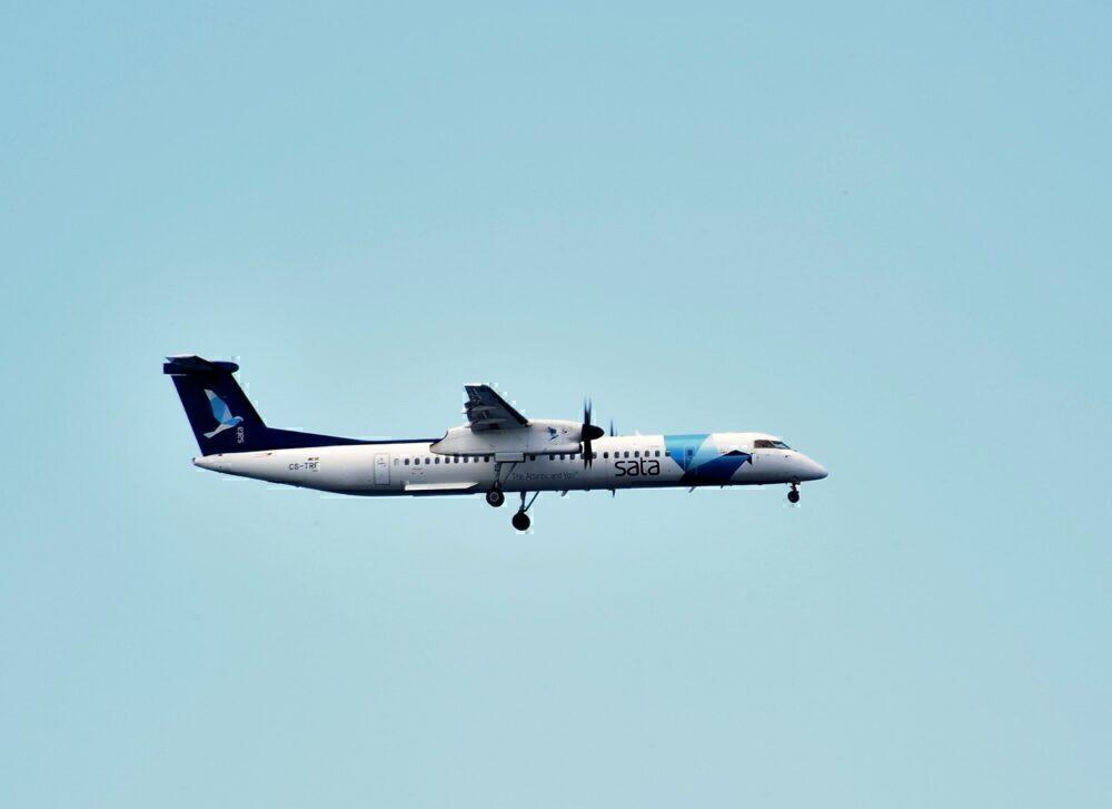 Azores Airlines de havilland