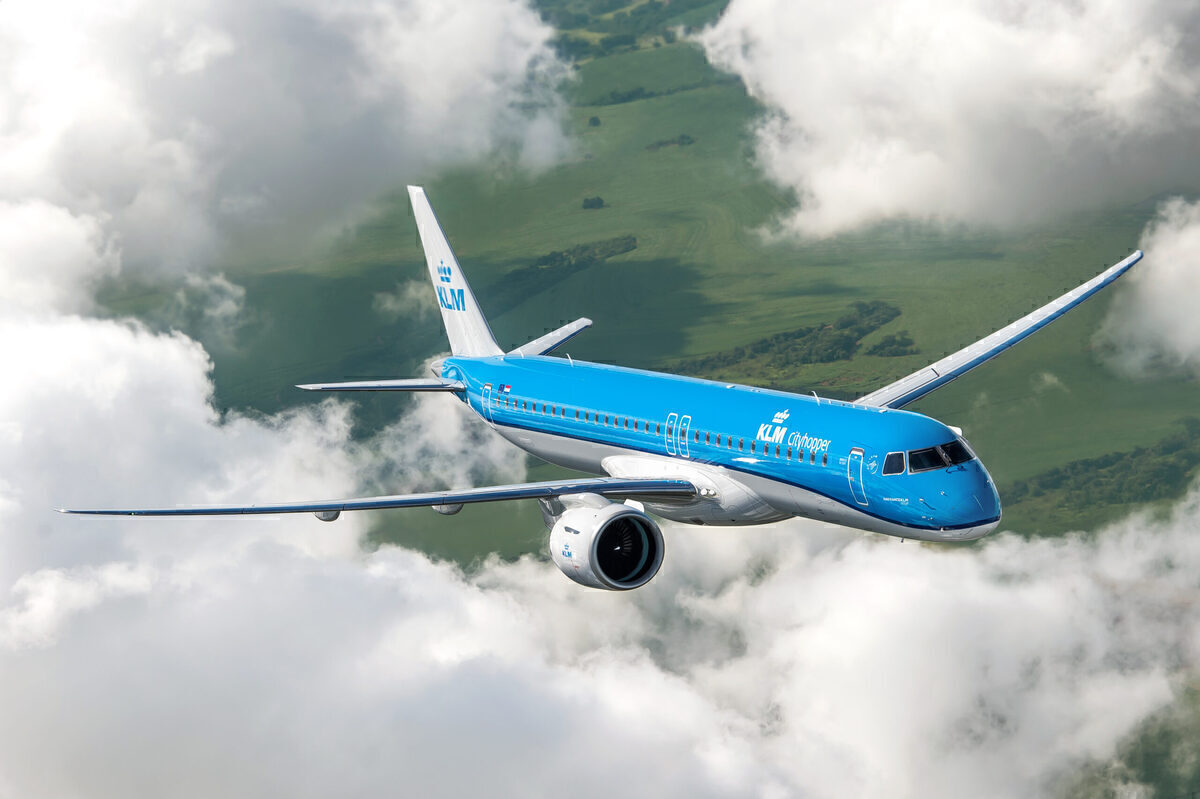 Embraer Delivers KLM's First E195-E2 - Simple Flying