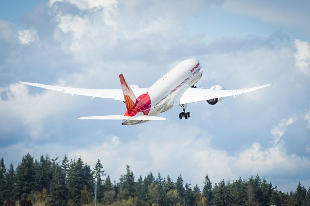 787 take off