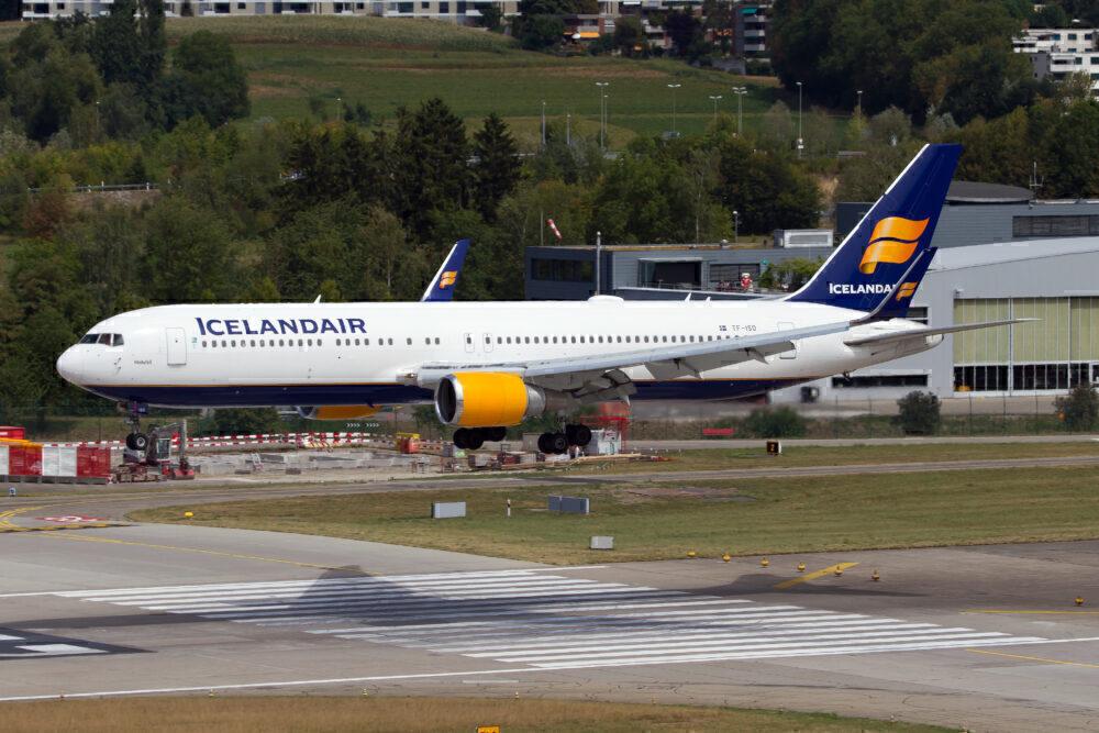 Icelandair Boeing 767 WOW merger