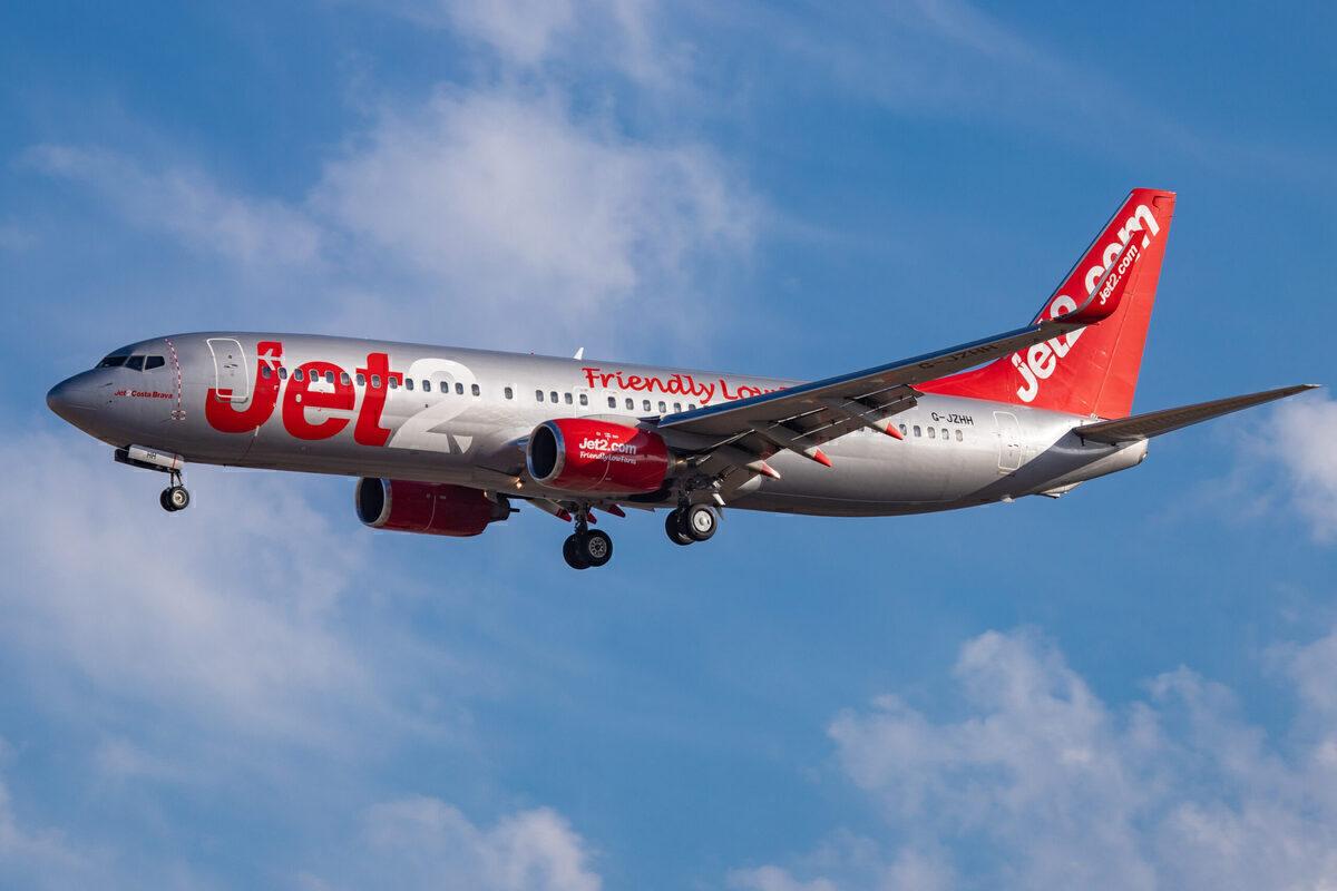 Citing UK Travel Uncertainty Jet2 Suspends Flights Through June