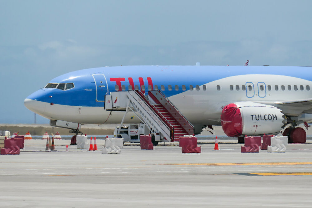 TUI 737 MAX 8