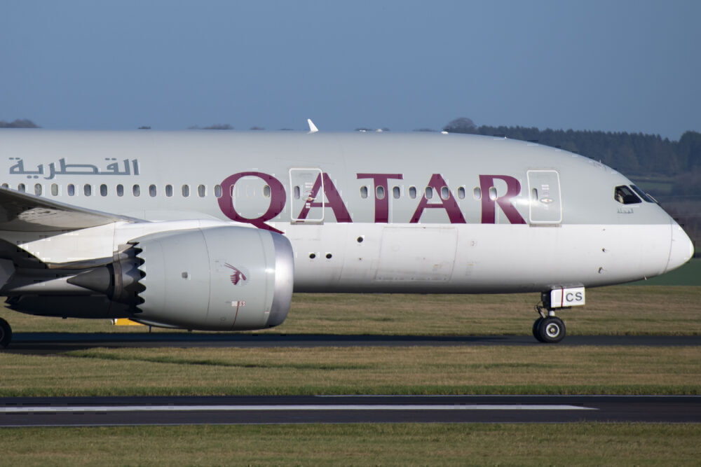 Qatar Airways 787-8