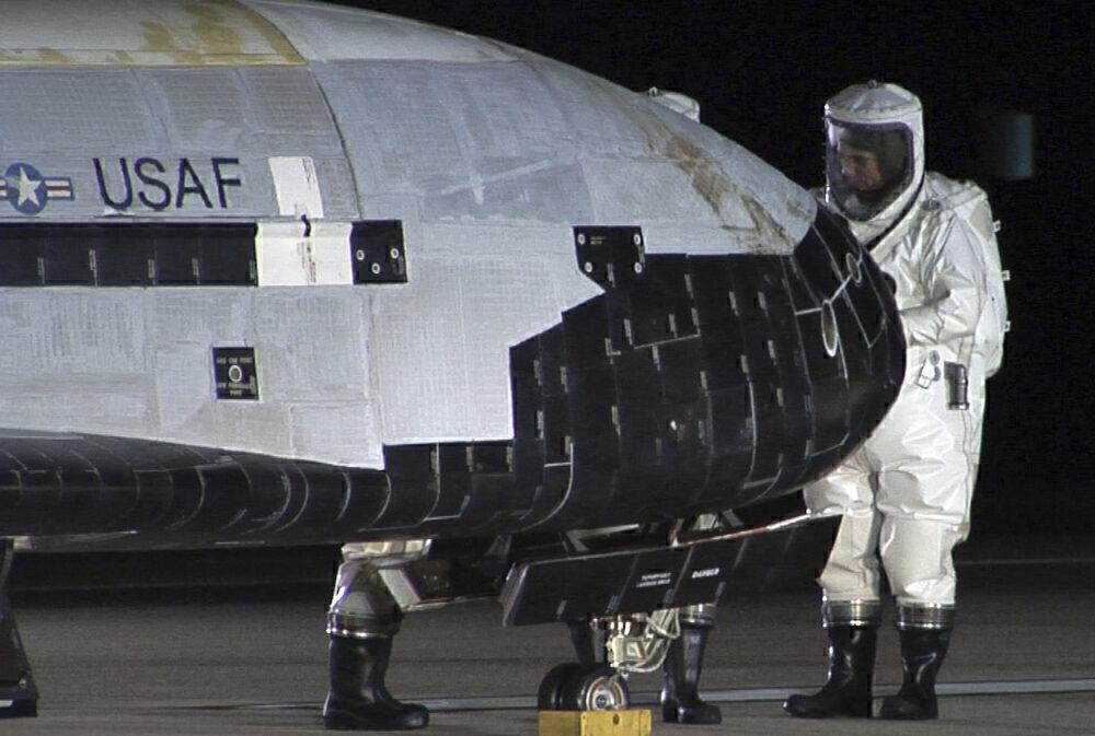 X-37B inspection