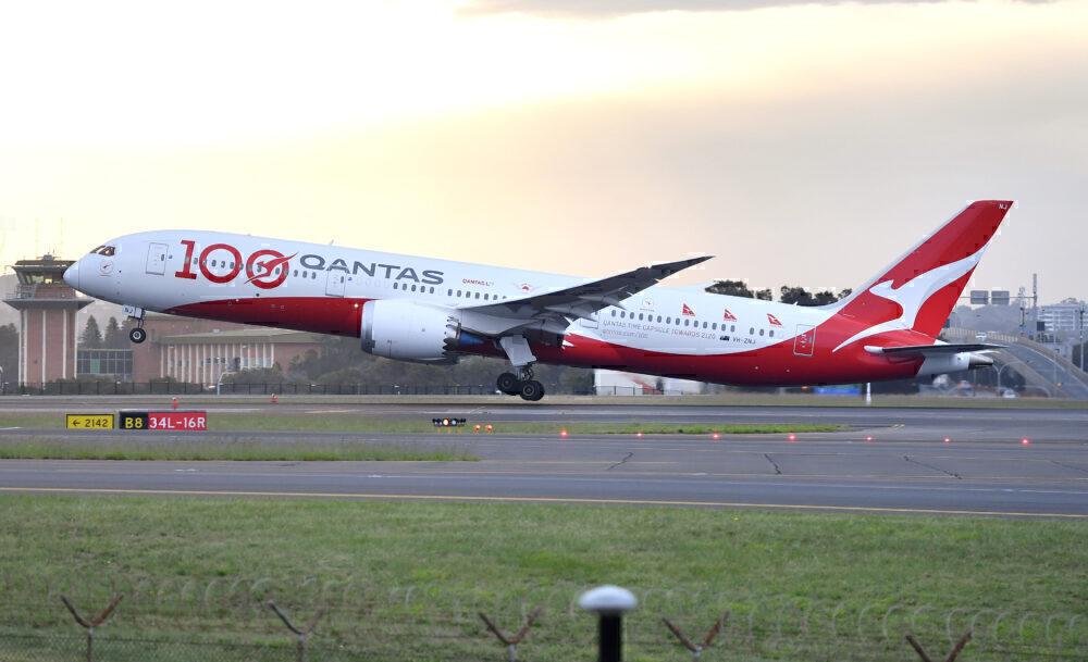 Qantas-Repatriation-10-dreamliners