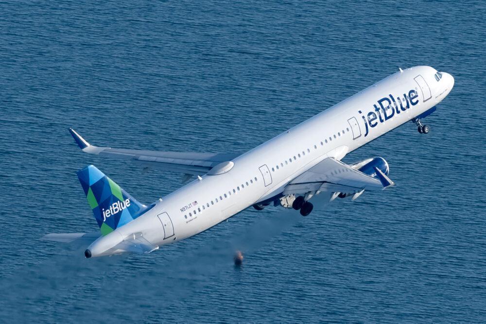 Jet Blue Newark