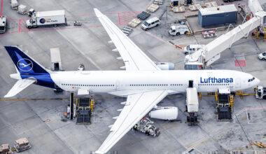 Lufthansa, Masks, Frankfurt