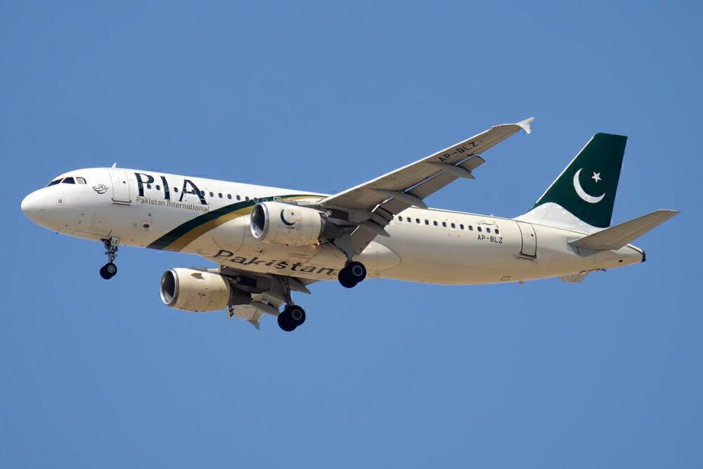 Pakistan International Airlines A320