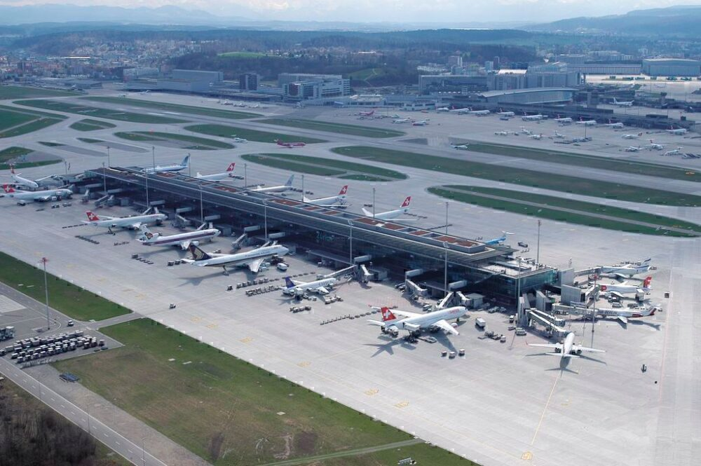 SWISS grounded planes airport