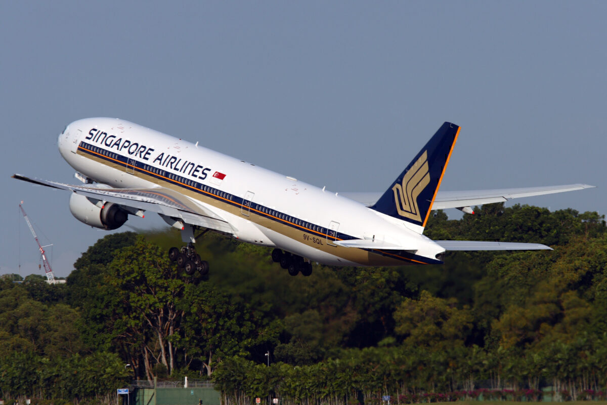 Singapore Airlines Boeing 777-200