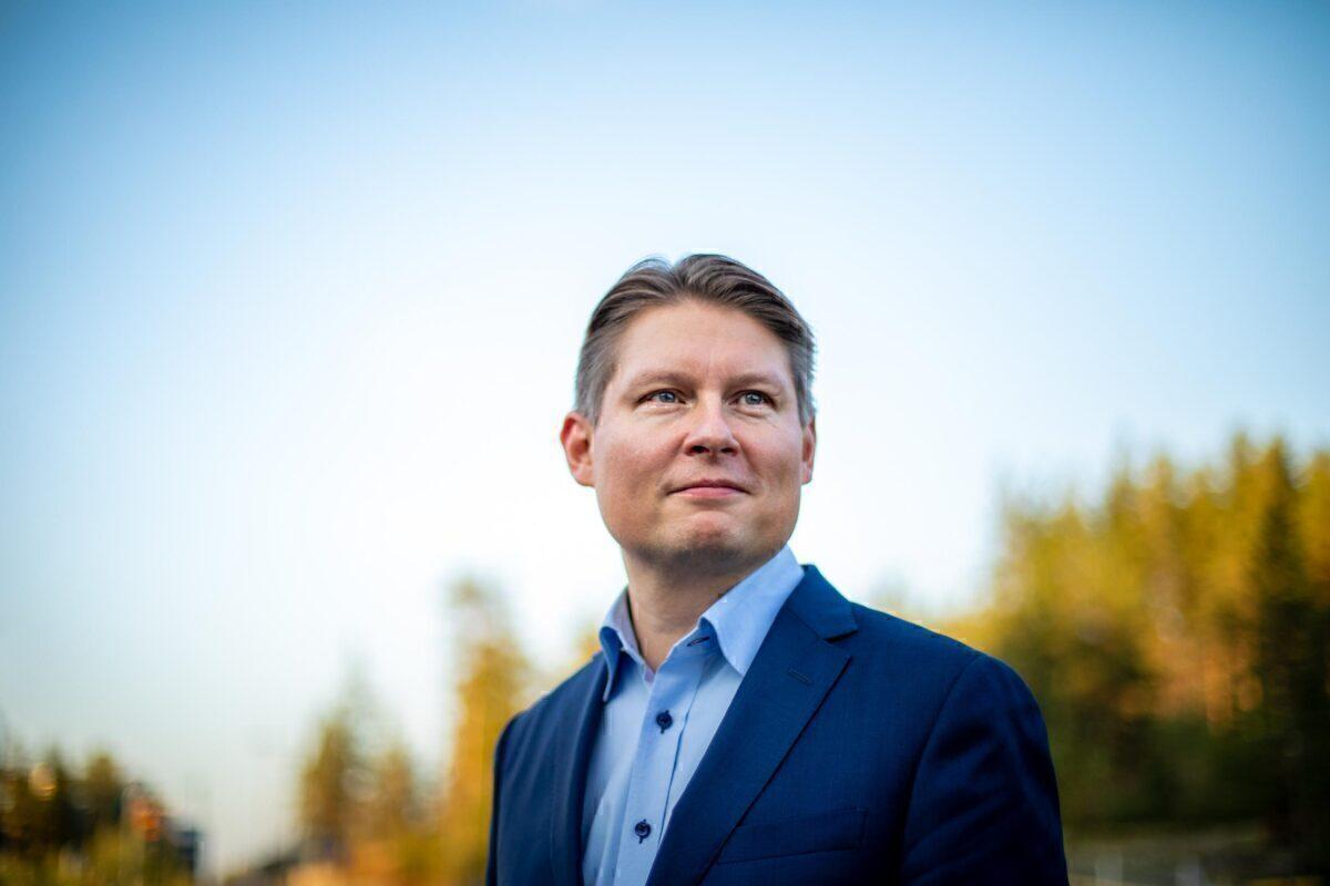 Finnair CEO Topi Manner