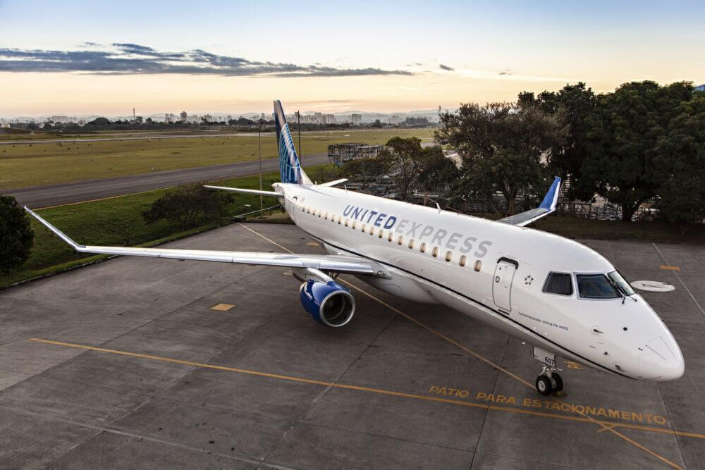 United E175 new livery