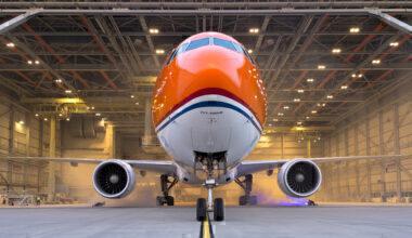 KLM 777 Orange Pride