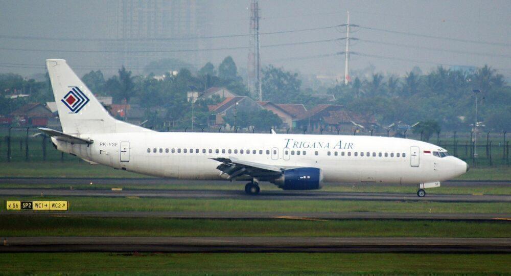 PK-YRT Boeing 737 Trikana Air