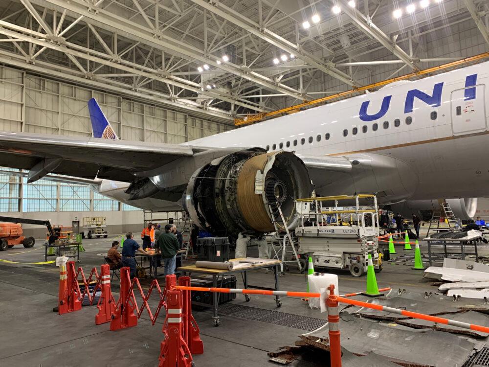 United Boeing 777 engine