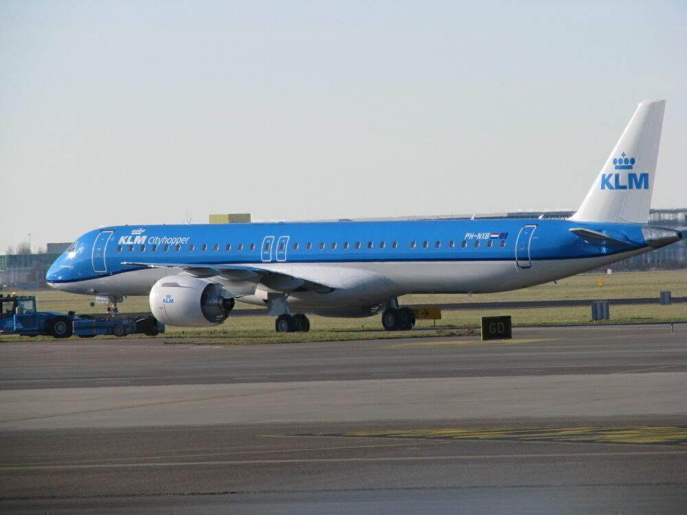 KLM Cityhopper Embraer E195-E2