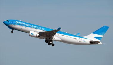 Aerolineas Argentinas Airbus A330-223 LV-FNI