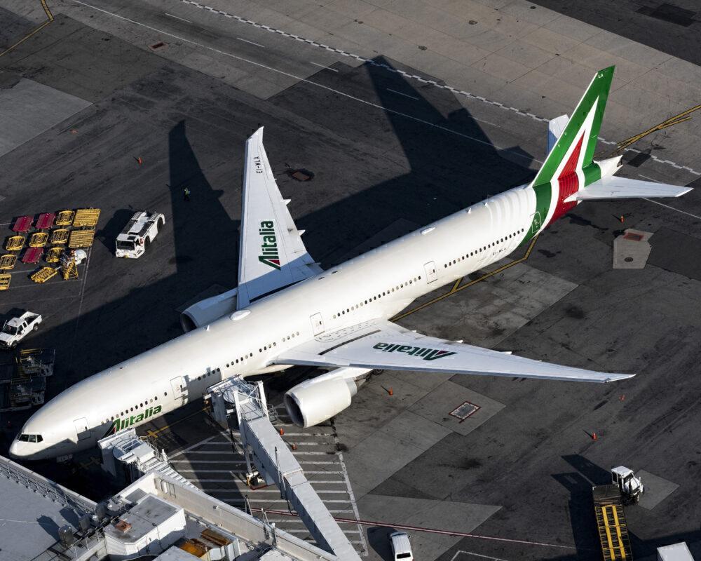 Pilots-Speedy-Alitalia-Turnaround