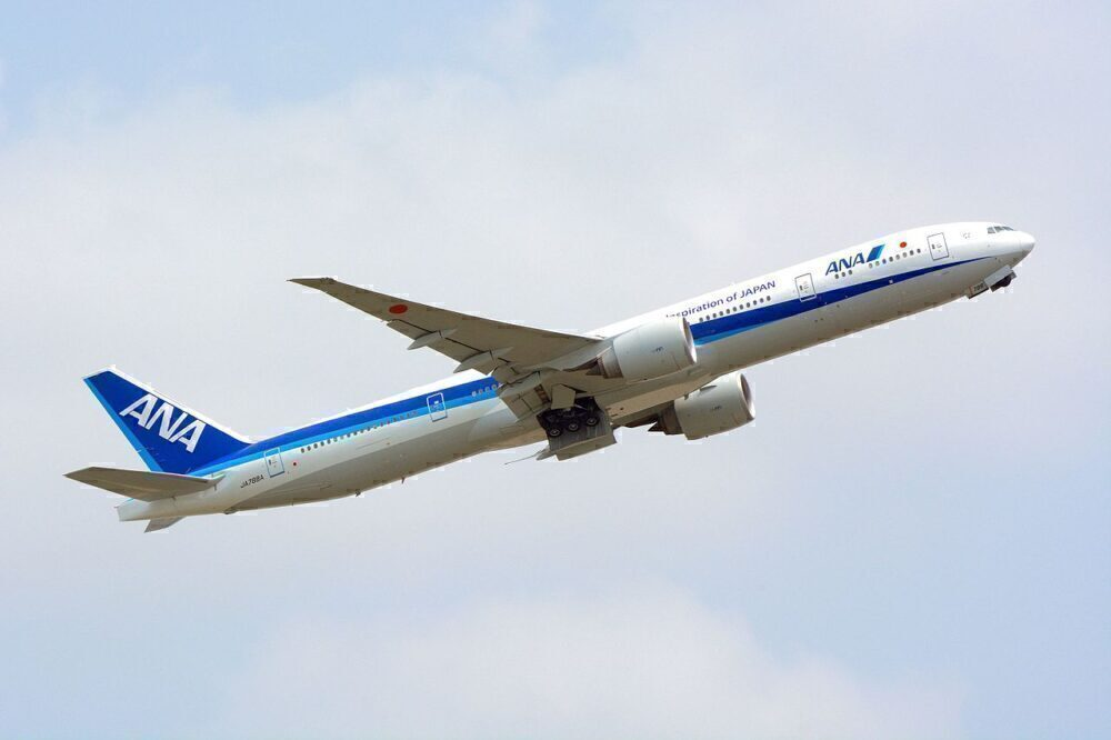 ANA Boeing 777-300ER Diverts To Vancouver Over Engine Issue