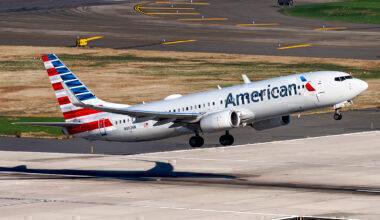 American Airlines Boeing 737-823 N902NN (1)