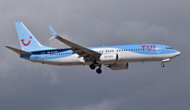 Boeing_737-8K5_'G-TAWV'_TUI_Airways_(46834769192)