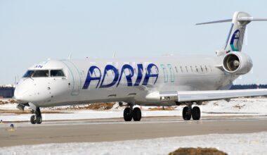 Canadair_CL-600-2D24_Regional_Jet_CRJ-900_NextGen,_Adria_Airways_AN1513597