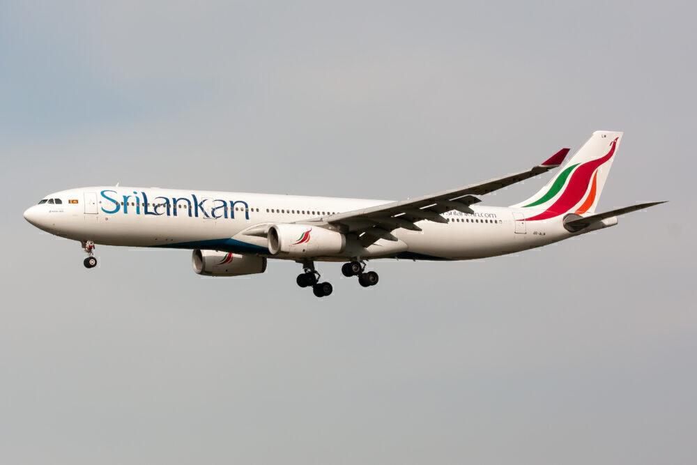 SriLankan Airlines Airbus 330-300 landing at Tokyo Narita