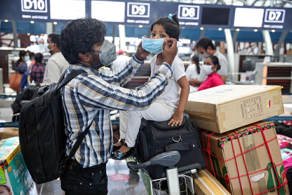 India Masks Flight