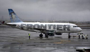 Frontier A319