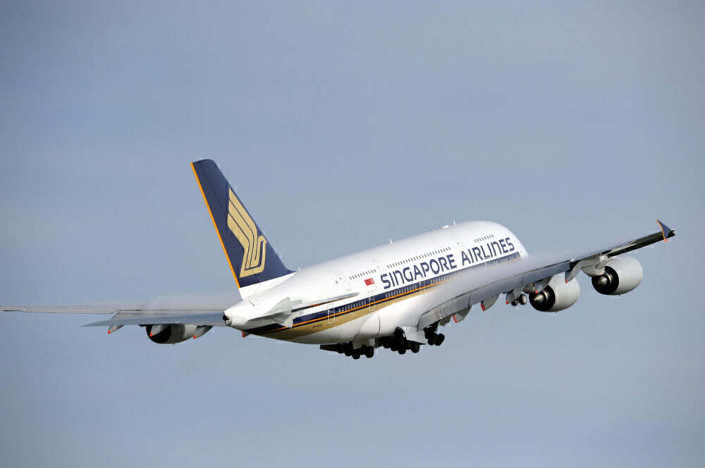 Singapore Airlines, Airbus A380, Return