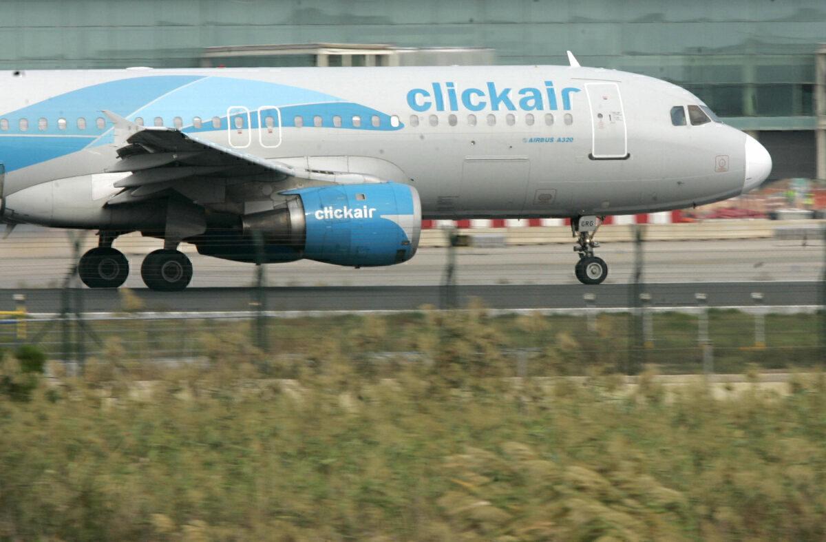 clickair A320
