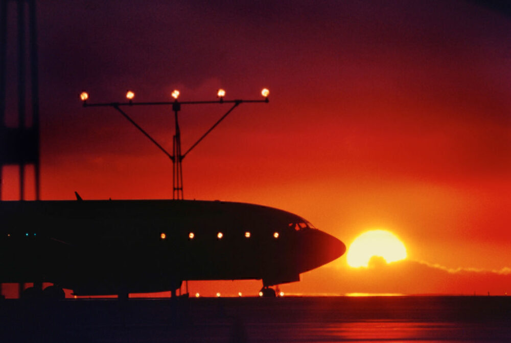 Boeing 737 Sunset Getty