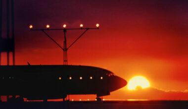 Boeing 737 Sunset Getty