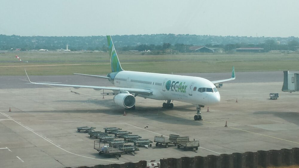 ECAir 757-200